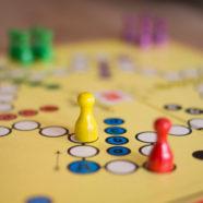 Weltspieltag: Die besten Kinderspiele von Damals! Als die Kinder noch kein Spielzeug brauchten!