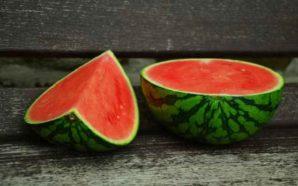 Die besten Lebensmittel für heiße Sommertage! So ernährt ihr euch bei Hitze richtig!