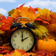 Zur Zeitumstellung Uhren gewinnen! Wir schenken Ihnen wertvolle Armbanduhren!