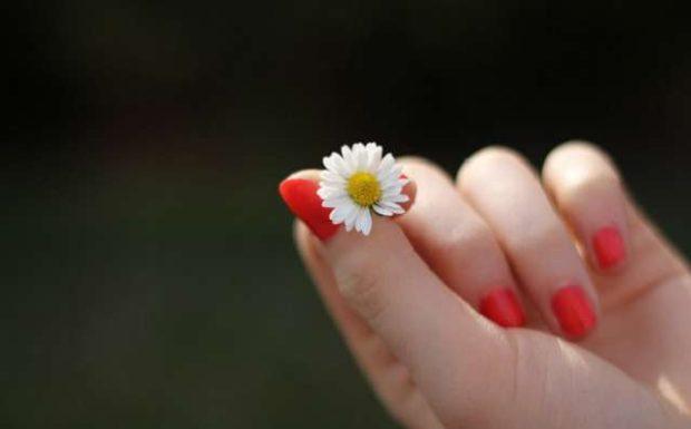Was hilft gegen das Fingernägelkauen?