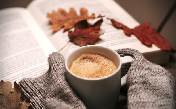 Die TOP 10 der besten Bücher für einen dunklen Herbst-Abend!