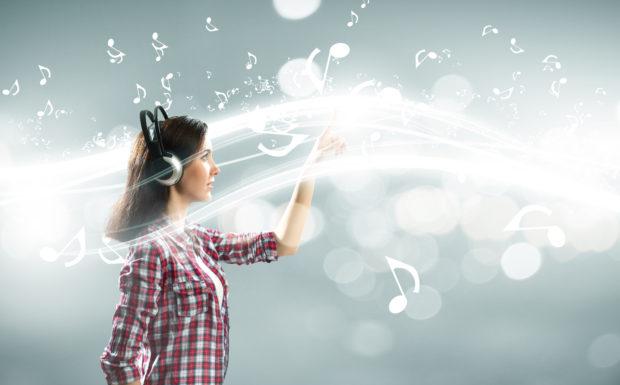 Radiowerbung – auch das Unterbewusstsein hört gespannt zu