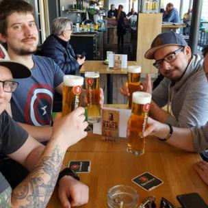 Eine Polterreise für Bojan und seine Freunde – und wir bezahlen dafür!