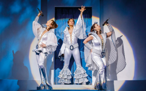 """Das Musical """"Mamma Mia"""" von 06. bis 17. Februar 2019 im Festspielhaus in Bregenz!"""