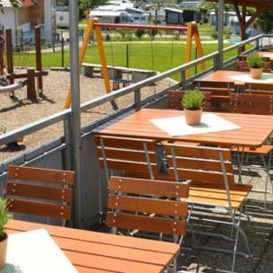 Wirtshaus Campingpark Gitzenweiler Hof sucht Service- und Thekenkräfte (m/w)