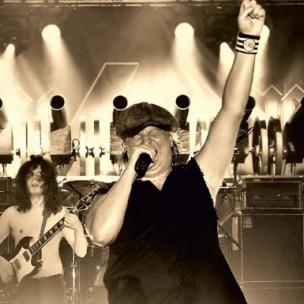 We Salute You! – World's Biggest Tribute to AC/DC am Freitag, 26. November 2021 in der bigBOX ALLGÄU in Kempten!