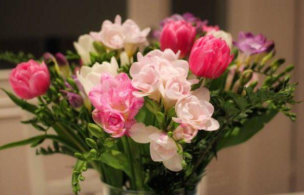 So bleiben Ihre Blumensträuße länger frisch!