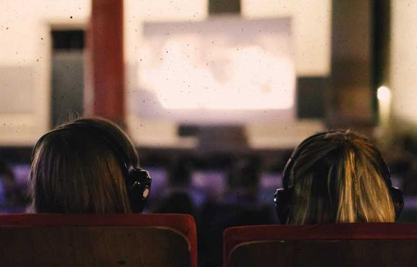 ANTENNE VORARLBERG präsentiert Silent Cinema am Dornbirner Marktplatz